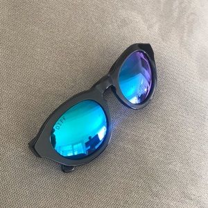 🌀 DIFF Dime Polarized Sunglasses 🌀